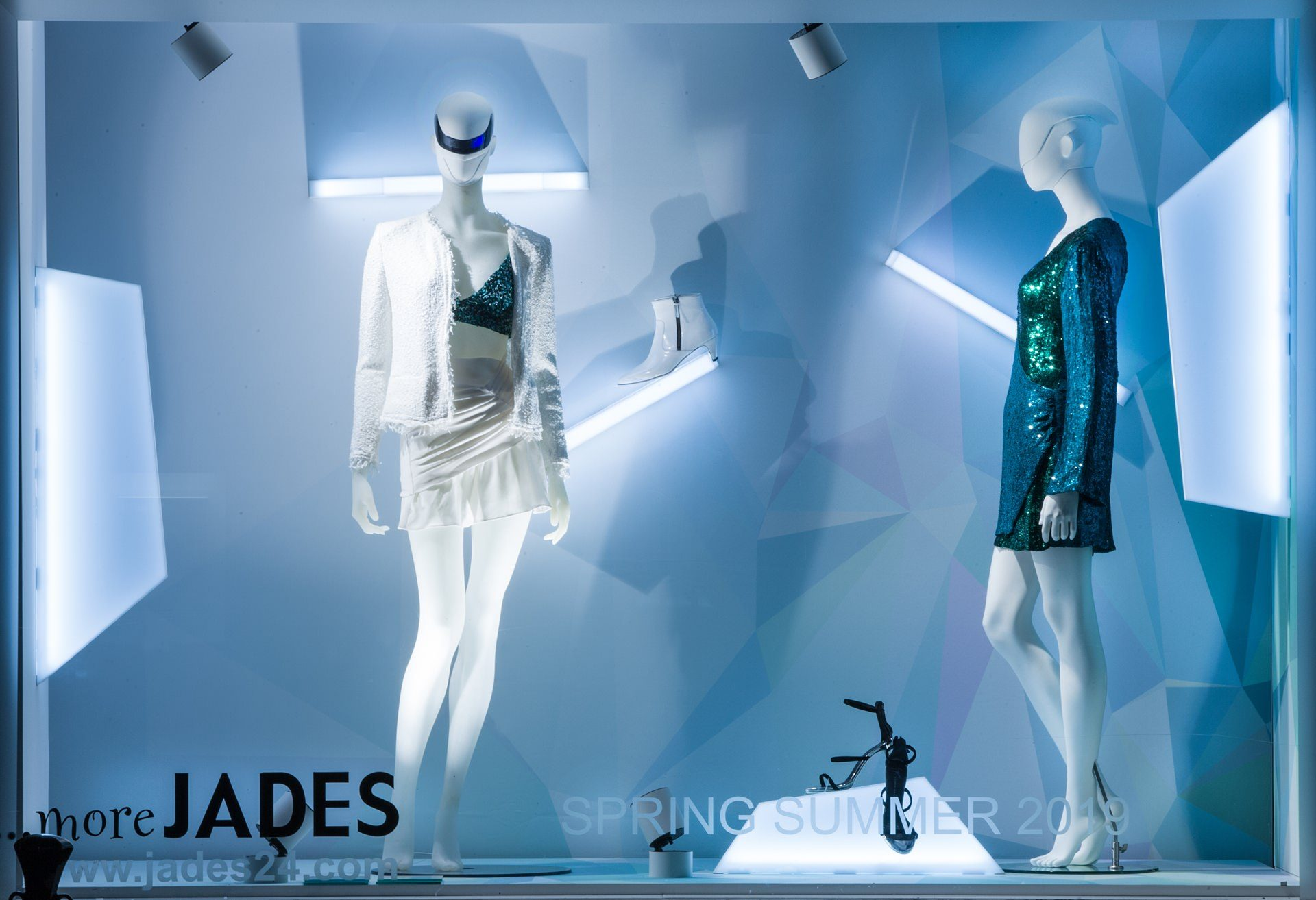 More Jades Galactic X Mas Autumn / Winter 2018 by Sayonara Visual Concepts
